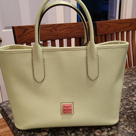 8b21370c1409a Dooney & Bourke Saffiano leather Brielle satchel